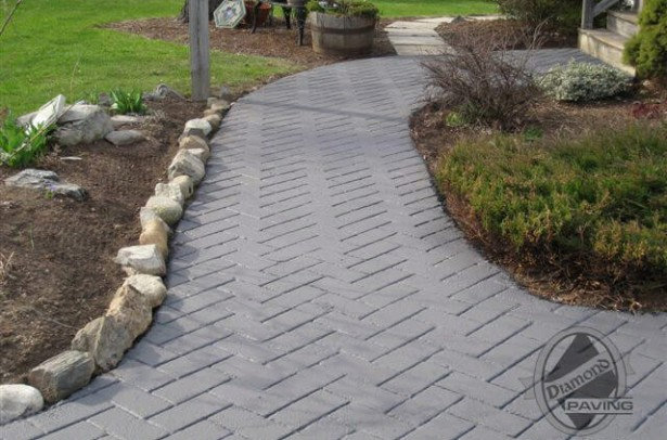 Professional driveway paving